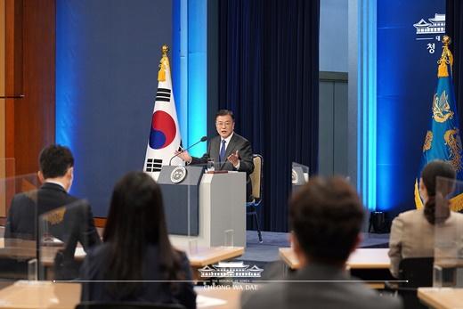 2021년 5월 10일 문재인대통령 취임 4주년 특별연설 모습.ⓒ청와대 홈페이지